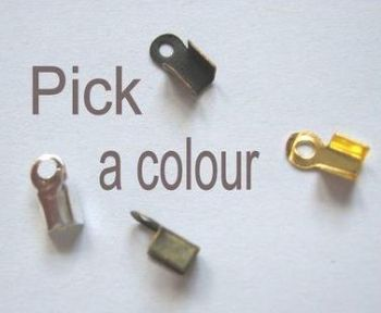 Flat folding crimps 6mm x 50. Pick a colour.